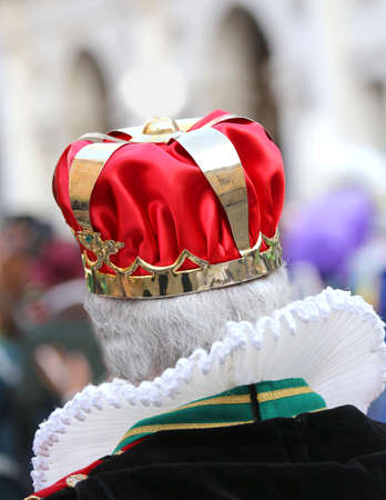 Elder King with the Royal Crown during a demonstration Stock Photo