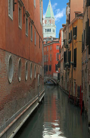 Bell tower of Saint Mark in Venice Italy and the canal without people Imagens