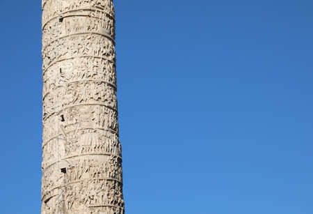 detail of the reliefs of the Column of Marcus Aurelius in the Column Square in Rome Imagens