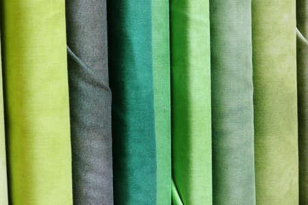tons verts de tissus à vendre à la mercerie