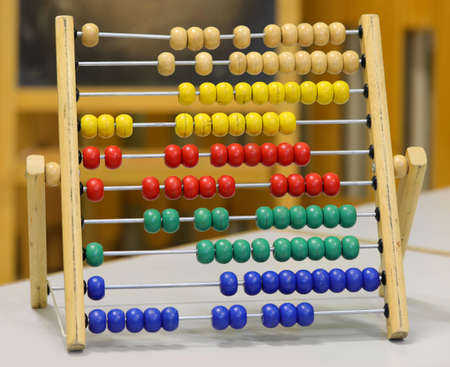 vintage wooden abacus in the classroom of a school Stockfoto