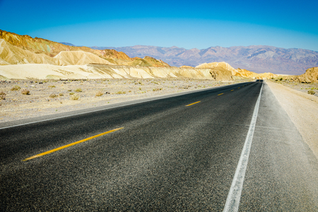 scenic road in death valley National Park, California Imagens
