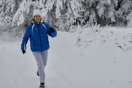 if sport in the snow, people feel freer and lighter