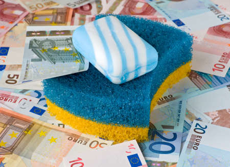 money laundering: Simbolo di frodi finanziarie - il riciclaggio di denaro