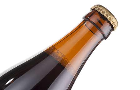 ported: Cuello de botella de cerveza, aislado, extremo detalle