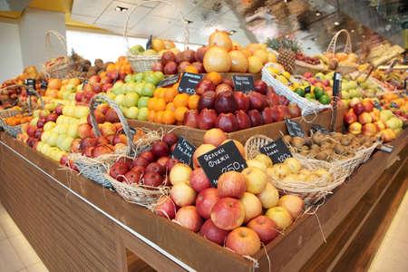 Shelf with fruits on a farm market Stock Photo - 9305748
