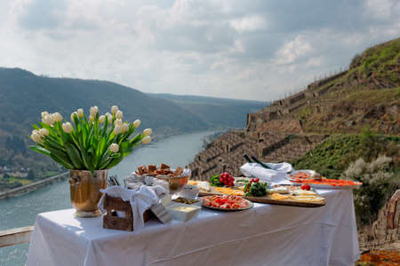 mosel: Lunch at the vineyard, serene scenery, Moselle river, Germany Stock Photo