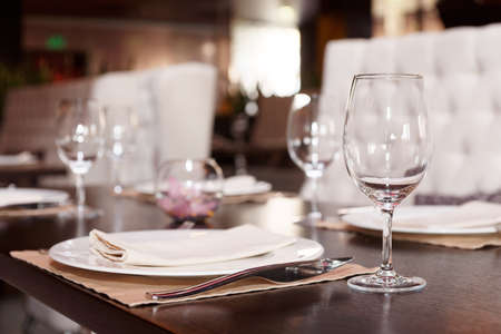 haute: Place setting in a restaurant, shallow focus