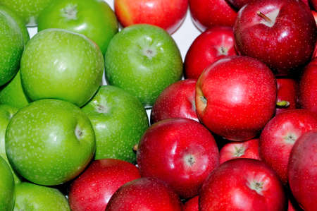 Green and red fresh apples Imagens