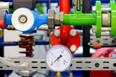 Pipe water pipeline input unit with pressure gauges