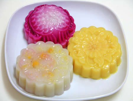 Jelly Mooncake served on a plate