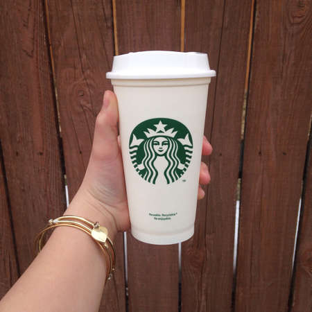 starbucks: Starbucks coffee shop