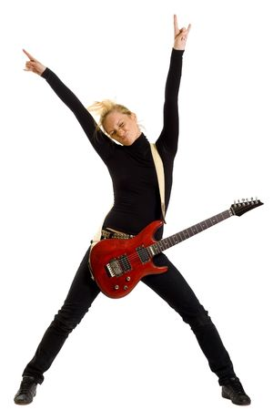 femme avec guitare: Guitariste femme avec les mains en l'air sur fond blanc