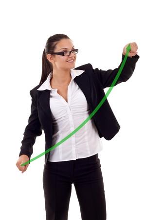 femme dessin: femme d'affaires de dessiner un graphe de plus en plus sur blanc