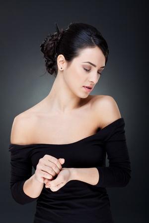so�ando: Retrato de una hermosa joven mujer sexy con ojos cerrados