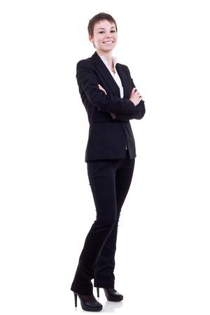 mani incrociate: Corpo pieno ritratto di donna d'affari con le braccia incrociate, isolato su bianco Archivio Fotografico