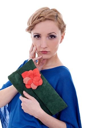 caras emociones: Modelo femenino bolso celebración posando sobre un fondo blanco