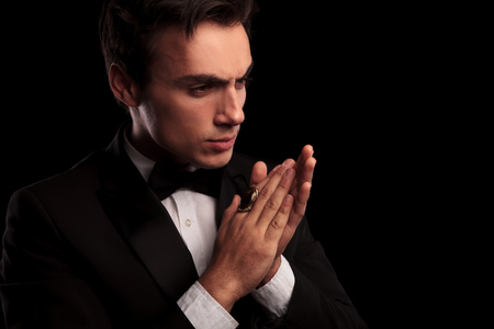 bague homme elegante