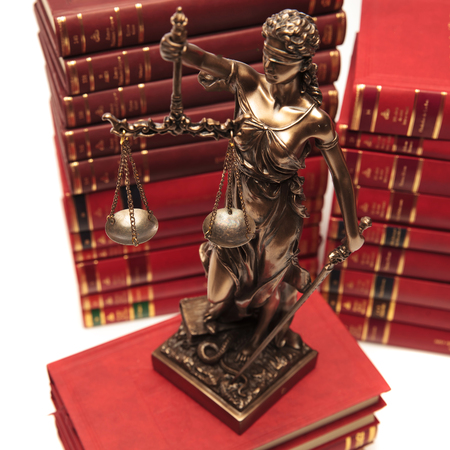 justice goddess on a book in the library Stockfoto