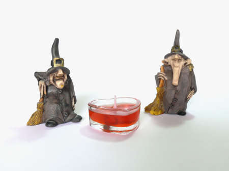 necromancer: Two wizards statuette with candle