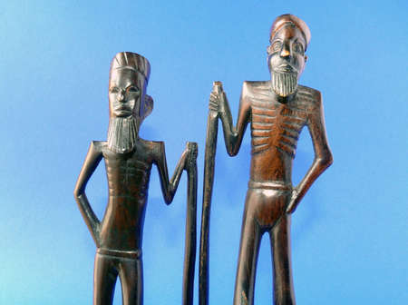 wood figurine: Detalles de madera africana muy antigua figura