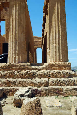 architrave: Colonnade of the Temple of Concordia in the Valley of Temples in Agrigento, Sicily