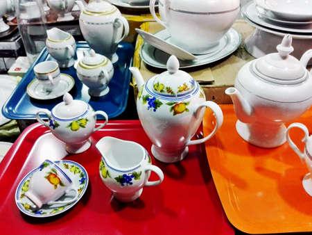 ceramicist: Chinaware