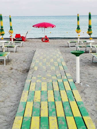 duckboards: Seaside resort