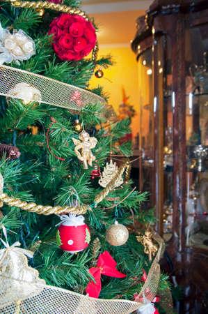 gewgaw: Christmas tree in the sitting room