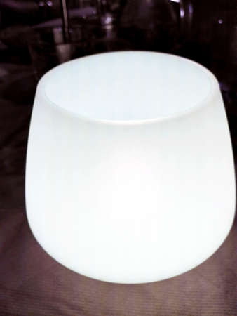 rubbery: White Table Lamp