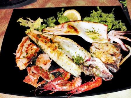 dinnertime: Seafood meal