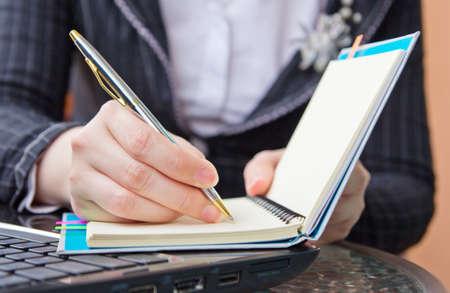 hustler: Business woman writing job