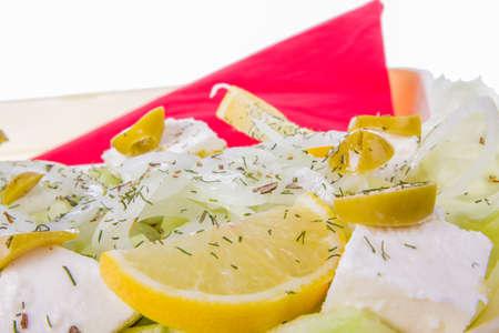 queso blanco: ensalada con aceitunas eneldo blanco cebolla queso y lim�n