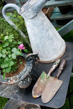 昔とロマンチックな園芸オブジェクト