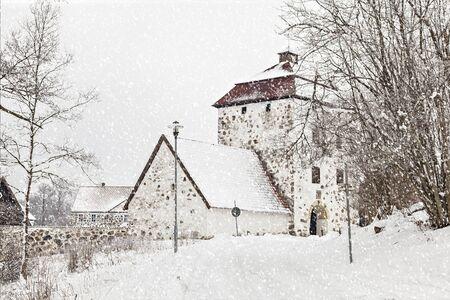 gatehouse: Image of the gatehouse at Hovdala castle in snowfall.
