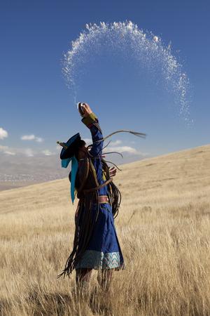 제물 의식에서 몽골어 무당
