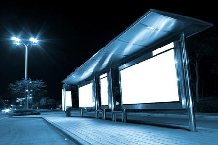 夜間廣告牌 版權商用圖片