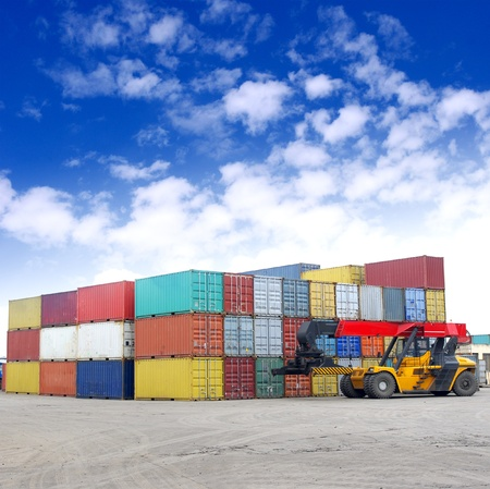 global logistics: Containers and stackers