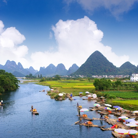 guilin: China Guilin landscape raft