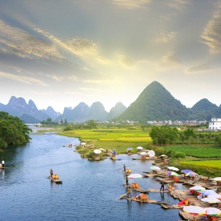 中國桂林山水筏