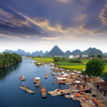 China Guilin landscape raft photo