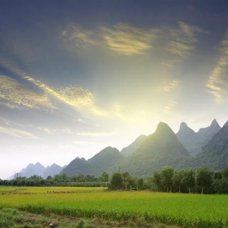 Guilin mountains photo