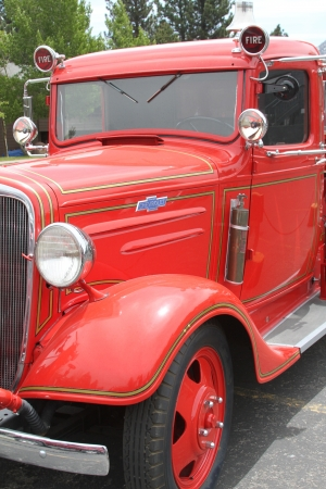 camion pompier: Camion de pompiers, camion vintage d'incendie, Ford camion de pompiers, camion de pompiers rouge vieux camion de pompiers