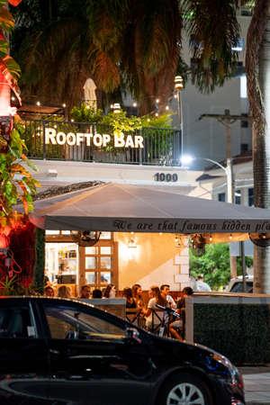 Miami, FL, USA - July 9, 2021: Rooftop Bar Miami Brickell at night Publikacyjne