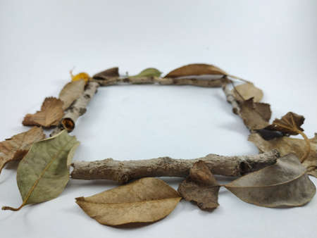 different figures made with dry leaves of autumn Imagens