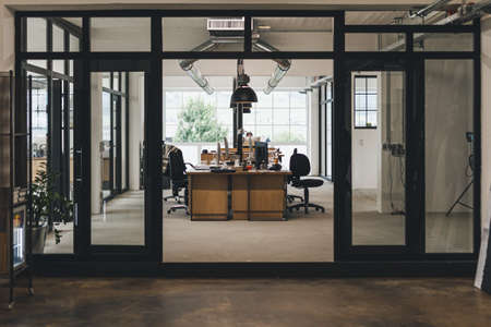 Tidy office space in the office