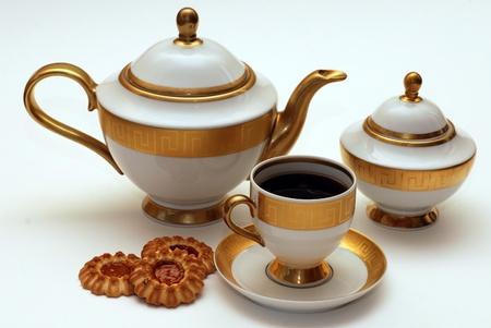 Элегантный чайный сервиз с печеньем Фото со стока