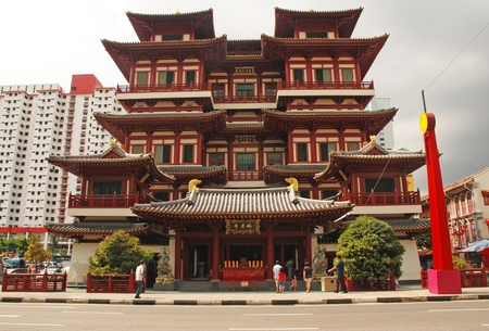 chinatown: The Buddha Tooth Relic temple is the biggest Buddhist temple in Singapore.