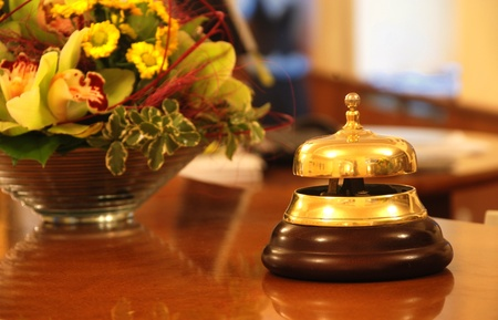 to chime: Service bell