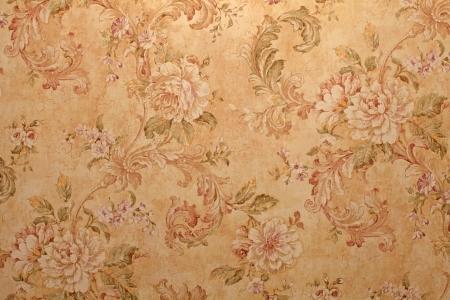Vintage gouden run-down Victoriaans behang met barok bloemenpatroon